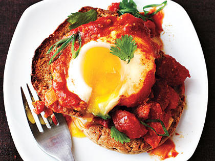 Eggs Poached in Curried Tomato Sauce
